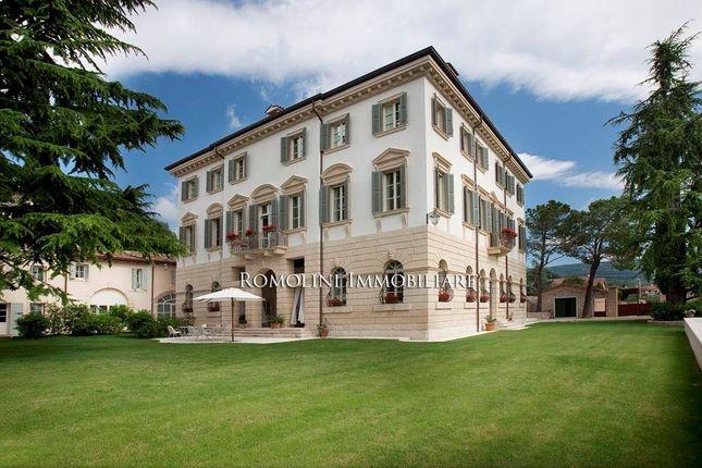 20 bed villa for sale in Verona, Veneto, Italy