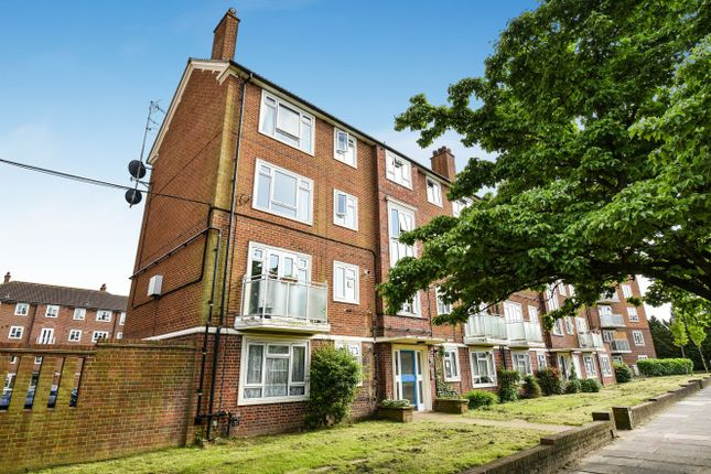 Thumbnail Maisonette for sale in Bexley Road, London