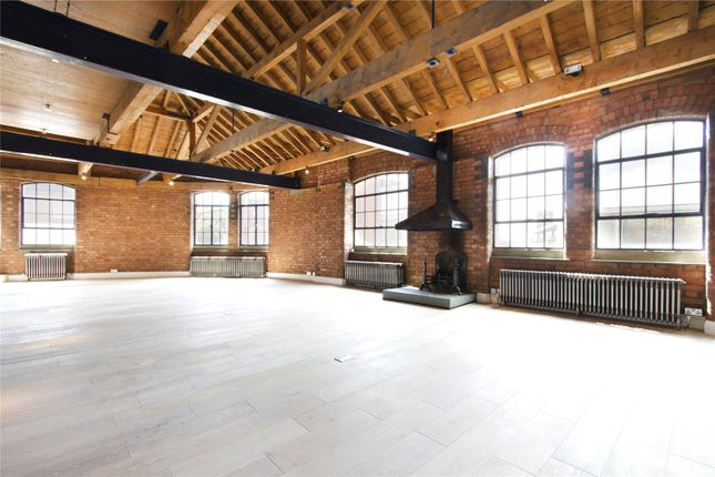 Thumbnail Flat to rent in Tannery Lofts, 170-172 Tower Bridge Road, London