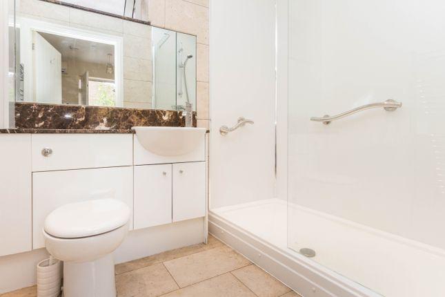Shower Room of High Street, Irthlingborough, Wellingborough NN9