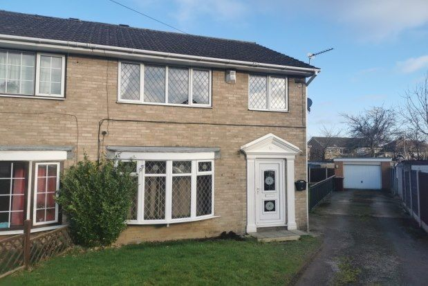 Thumbnail Property to rent in Cliff Street, Wakefield