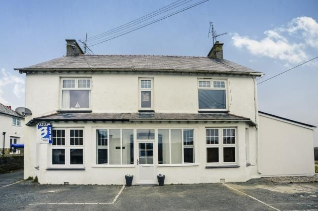 Thumbnail Flat for sale in Penarwel, Golf Road, Abersoch.