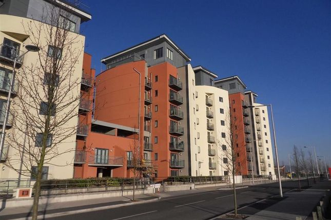 Thumbnail Flat for sale in South Quay, Kings Road, Swansea