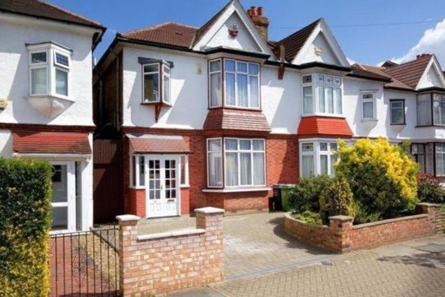 Thumbnail Flat for sale in Thornsbeach Road, Catford