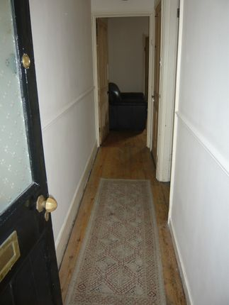 3 bed shared accommodation to rent in St Pauls Parade, Cheltenham GL50