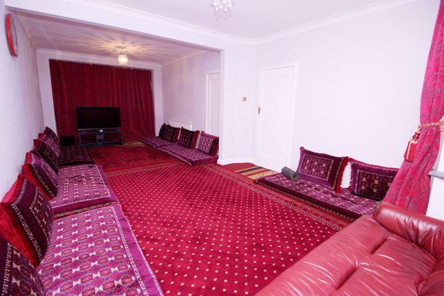 Thumbnail Semi-detached house for sale in The Glen, Southall