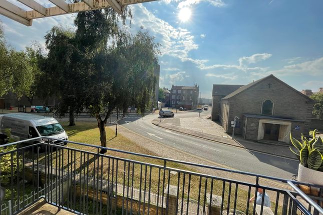 2 bed maisonette to rent in Greyfriars Way, Great Yarmouth NR30