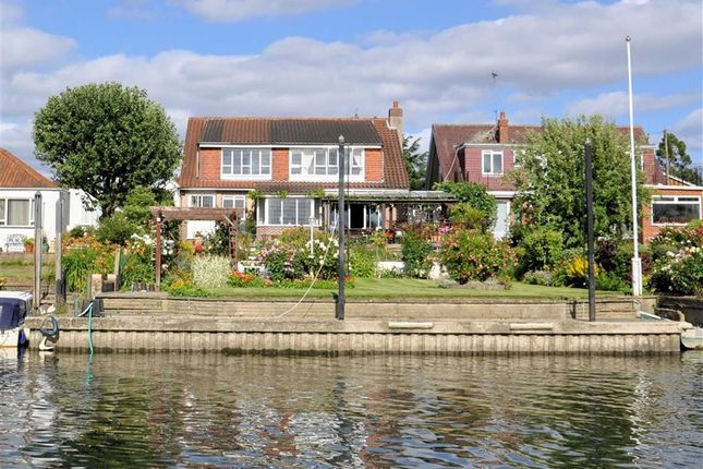 Thumbnail Detached house for sale in The Avenue, Wraysbury, Berkshire