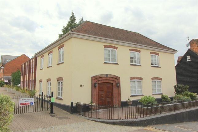 Thumbnail Flat to rent in 11A Lower Dagnall Street, St Albans, Hertfordshire
