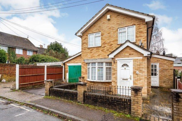 Thumbnail Property to rent in Prospect Place, Crawley