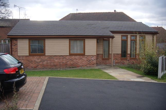 Thumbnail Detached bungalow to rent in Temple Mews, Halton, Leeds