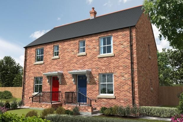 Thumbnail End terrace house for sale in The Circus, Spalding