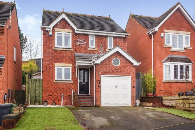 3 bed detached house for sale in Atworth Close, Redditch B98