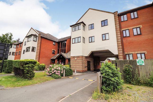 Thumbnail Flat for sale in Albion Court, Sun Street, Billericay