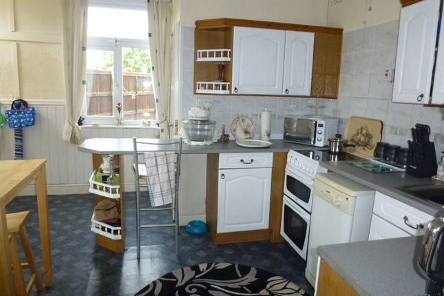 Kitchen of Slater Lane, Leyland PR25