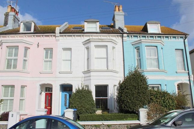 Thumbnail Property to rent in Elizabeth Road, Worthing
