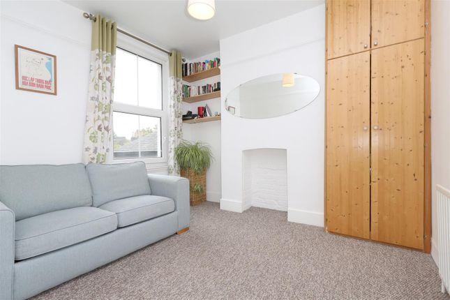 5 bedroom property   Den17 com