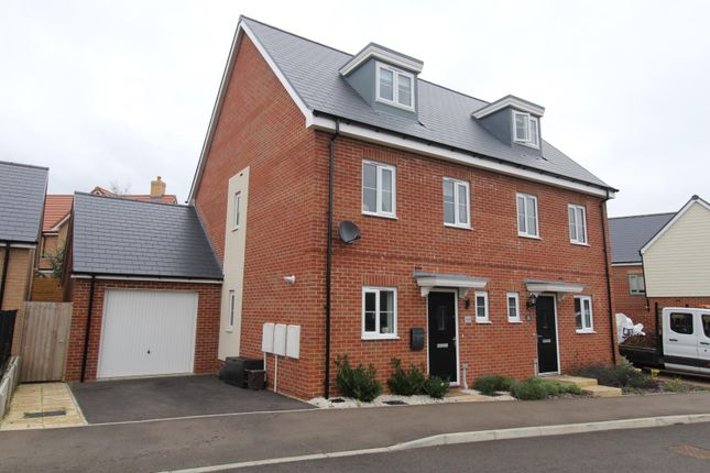 Thumbnail Town house for sale in Tear Crescent, Potton, Sandy