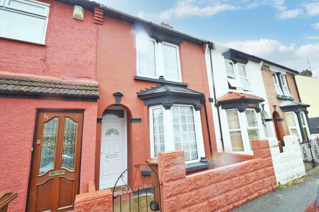 Thumbnail Terraced house to rent in St. Georges Road, Gillingham