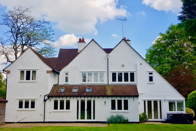 Thumbnail Detached house for sale in Broadway, Letchworth Garden City