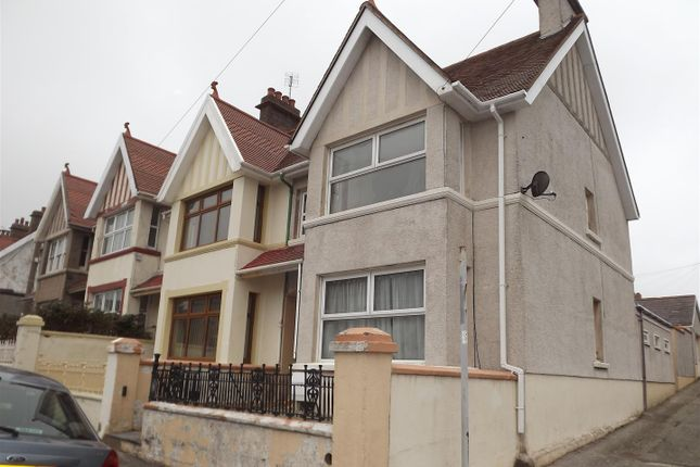 Thumbnail Terraced house to rent in Dartmouth Street, Milford Haven