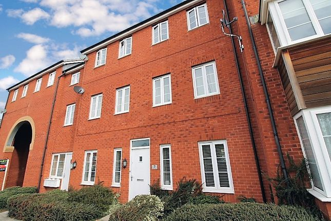 Thumbnail Flat to rent in Blakeslee Drive, Exeter