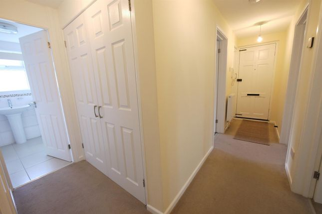 Whitefields Road Cheshunt Waltham Cross En8 3 Bedroom