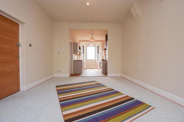 Living Room of Plynlimmon Road, Hastings TN34