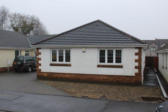Thumbnail Property to rent in Clos Nant-Y-Ci, Saron, Ammanford