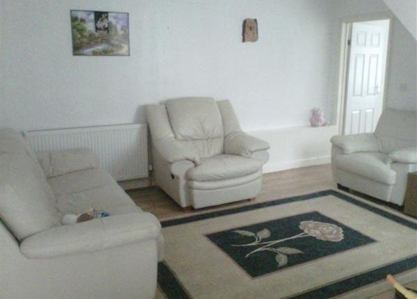 Thumbnail End terrace house to rent in The Avenue, Harrow Weald, Harrow