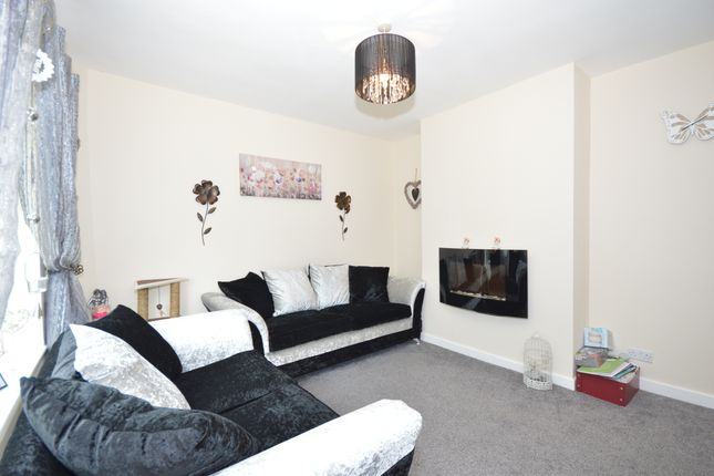 Thumbnail Semi-detached house to rent in Norwich Road, Bentilee