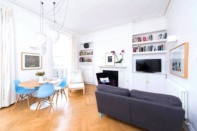 2 bed flat to rent in Holland Road, Kensington W14