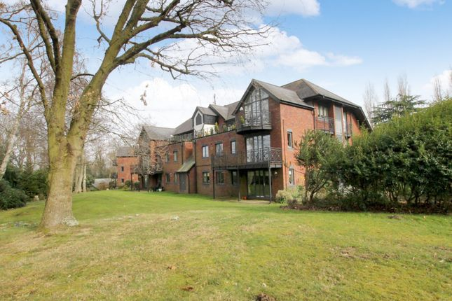 Thumbnail Flat to rent in Japonica House, Woburn Hill Park, Addlestone