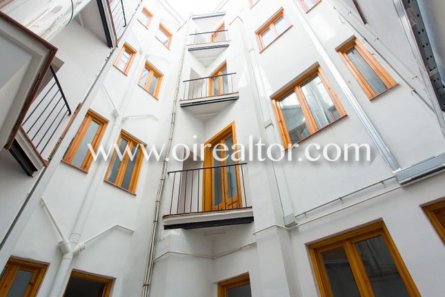 Thumbnail Commercial property for sale in La Rambla, 65, 08002 Barcelona, Spain