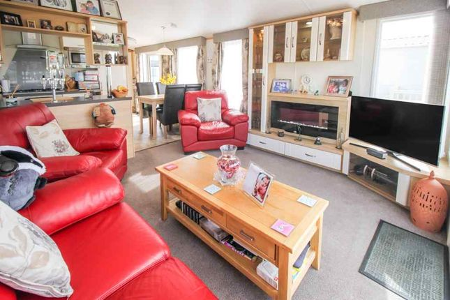 Living Room of Riverside Leisure Centre, Rivers View, Banks, Southport PR9