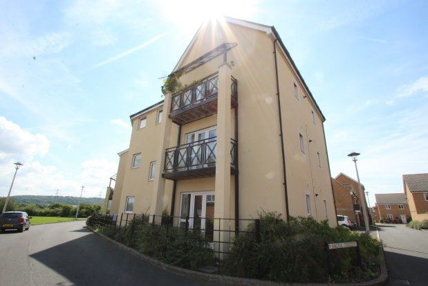 Thumbnail Flat to rent in Wagtail Crescent, Bristol