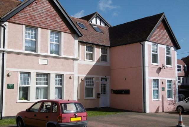 Thumbnail Flat to rent in Stocker Road, Bognor Regis, West Sussex