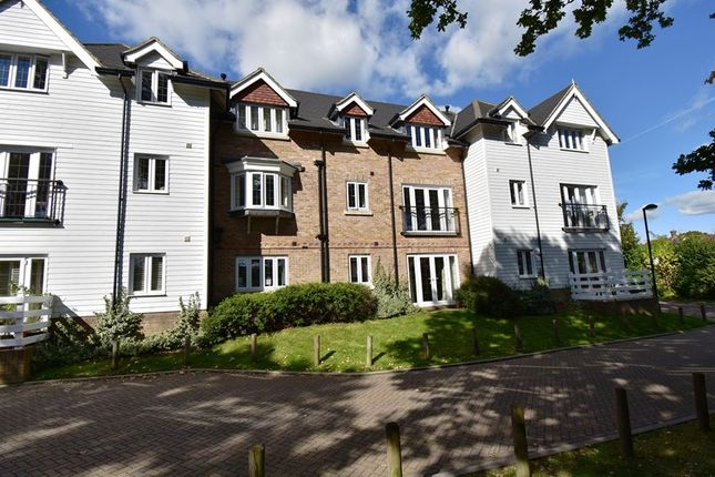 Thumbnail Flat for sale in Sherlock Shaw, Crowborough