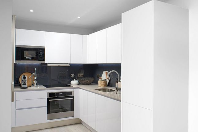 """Thumbnail Flat for sale in """"Hartley Apartments"""" at Hygeia Building, 66-68 College Road, Harrow"""