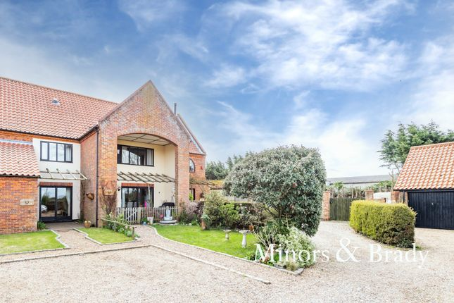 3 bed terraced house for sale in Wayford Road, Stalham, Norwich NR12