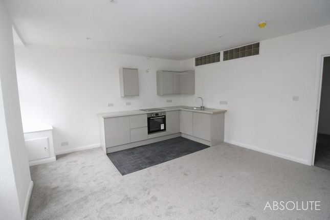 Thumbnail Flat to rent in Fore Street, St. Marychurch, Torquay