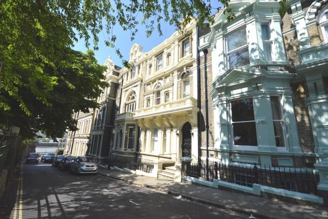 1 bed flat to rent in Castle Hill, Rochester ME1