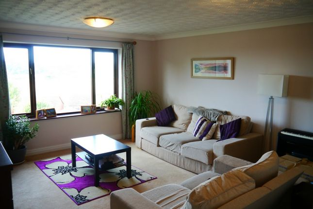 2 bed maisonette to rent in Bella Vista Court, Greytree