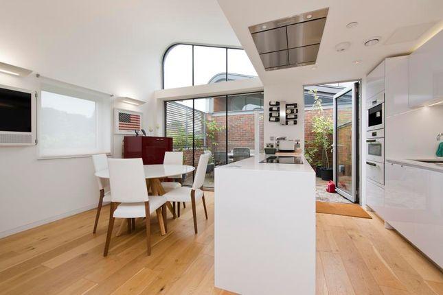 Thumbnail Mews house to rent in Princess Louise Walk, London