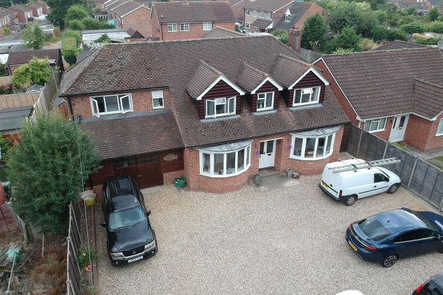 Thumbnail Detached house for sale in The Parade, Mulfords Hill, Tadley