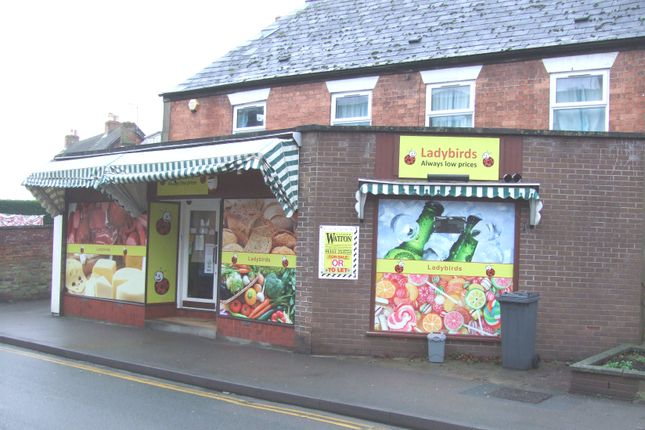Retail premises to let in Regent Street, Stonehouse, Gloucestershire