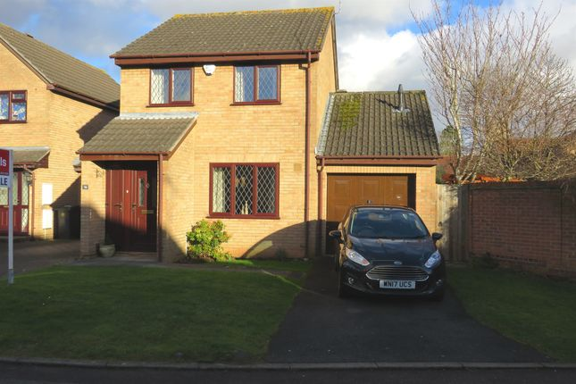 Thumbnail Detached house for sale in The Glen, Yate, Bristol
