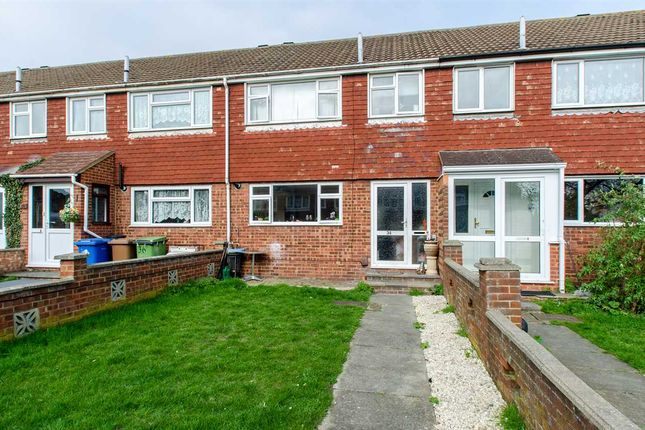 Thumbnail Terraced house to rent in Walmer Gardens, Sittingbourne