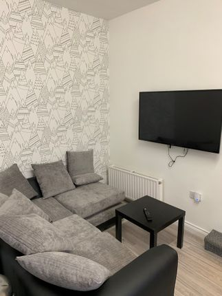 Thumbnail Flat to rent in Flat 2, Room 1 - Lipson Road, Plymouth
