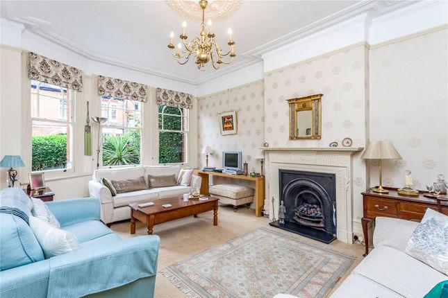 Thumbnail Terraced house for sale in Milton Avenue, Highgate, London